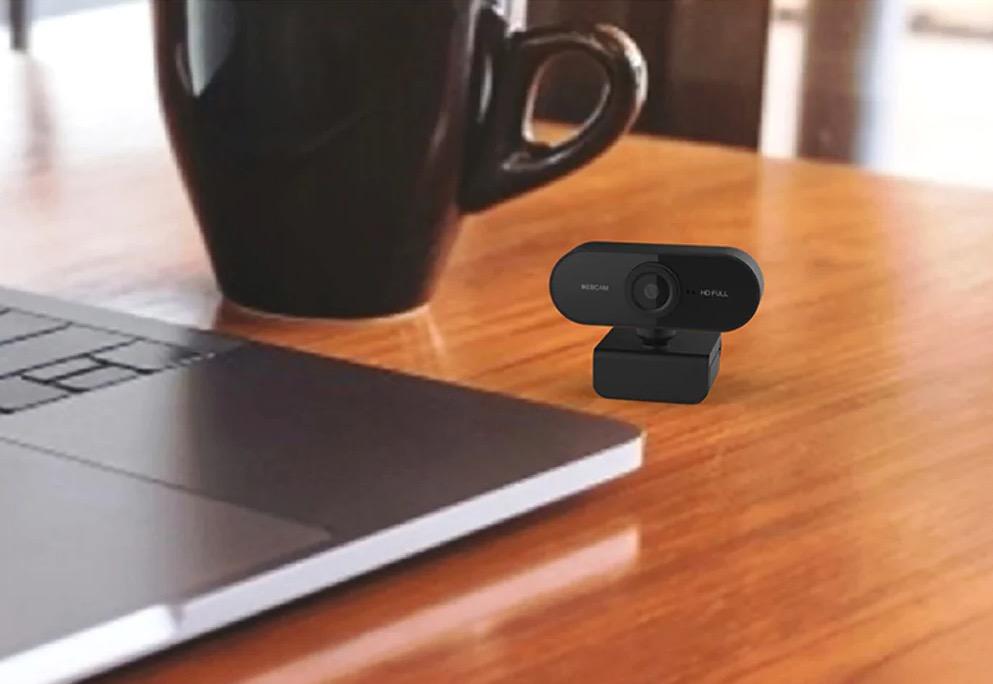 Pronti per lo smart working: solo 11,17 euro per webcam Full HD con microfono integrato