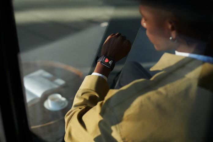 Oppo Watch arriva in Italia il 15 ottobre, a partire da 249 euro