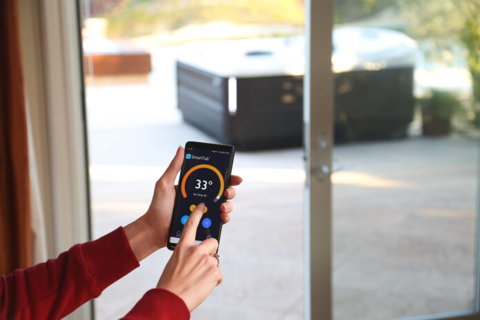 Jacuzzi SmartTub: la Spa in un'app nel palmo di una mano