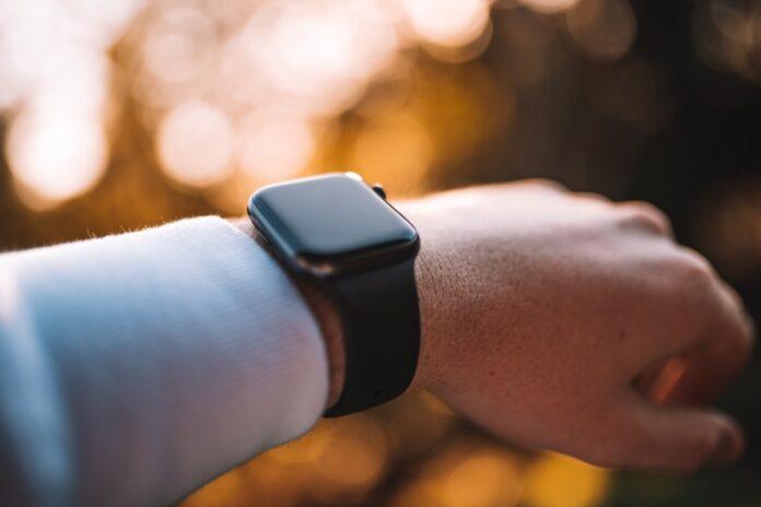kuo: apple watch 7 cambierà design