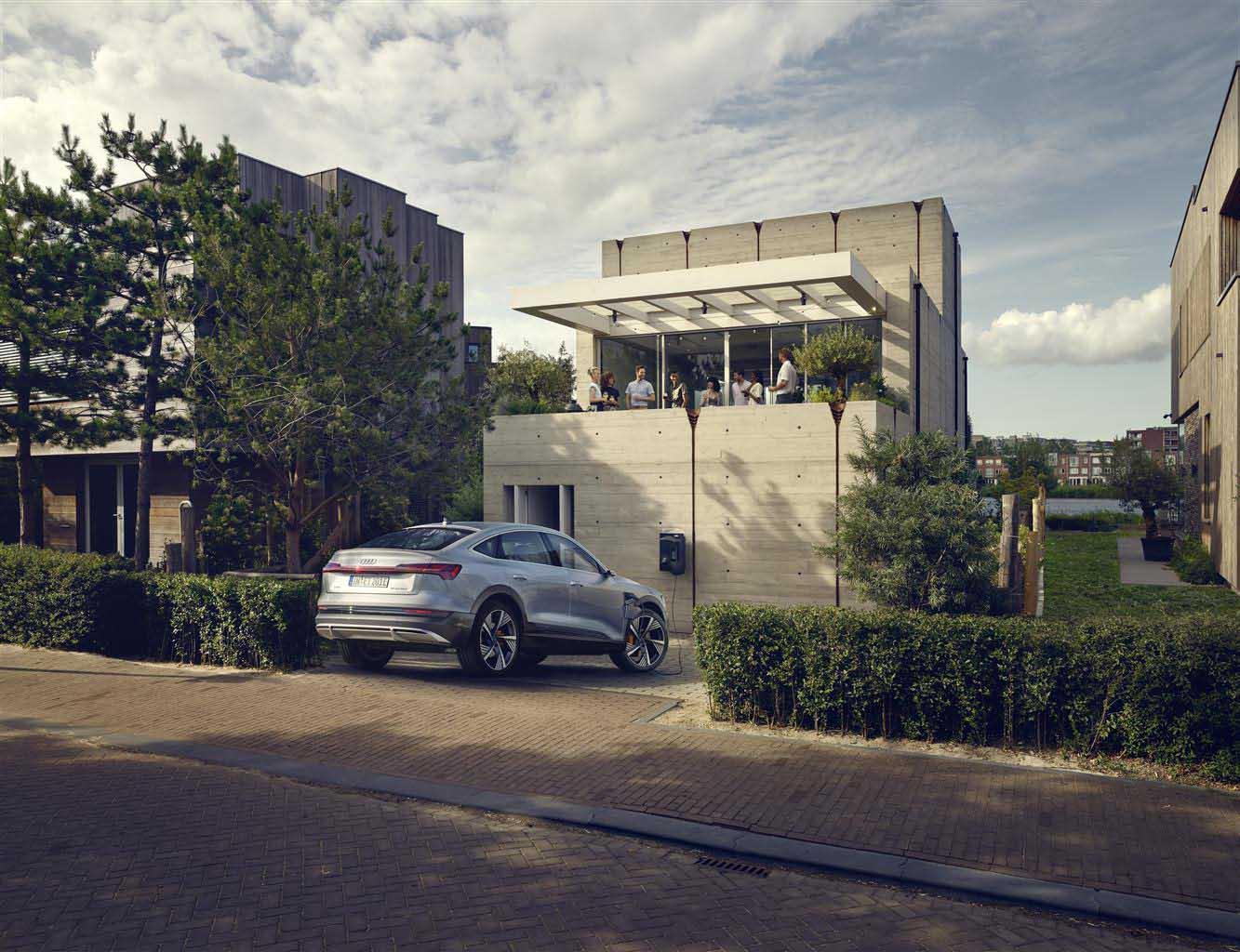 Audi con Alpiq e AGN Energia: soluzione di ricarica domestica green per la mobilità plug-in ed elettrica