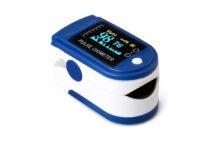 Saturimetro digitale per misurare l'ossigeno nel sangue, spedito da Amazon: solo 15,99 euro