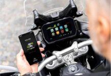Da Bosch uno split-screen per il mondo delle moto