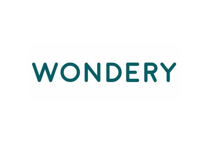 Apple in trattativa per l'acquisizione del podcaster Wondery