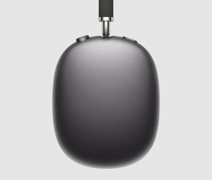 Airpods Max, primo contatto: materiali top, custodia flop