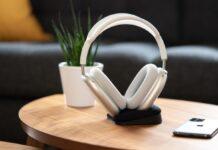 airpods max ricarica wireless possibile con un accessorio
