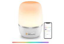 Lampada smart da comodino, compatibile Homekit: sconto a 38€
