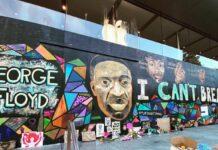 Apple vuole conservare il murale al Black Lives Matter dipinto sulle barriere dell'Apple Store a Portland