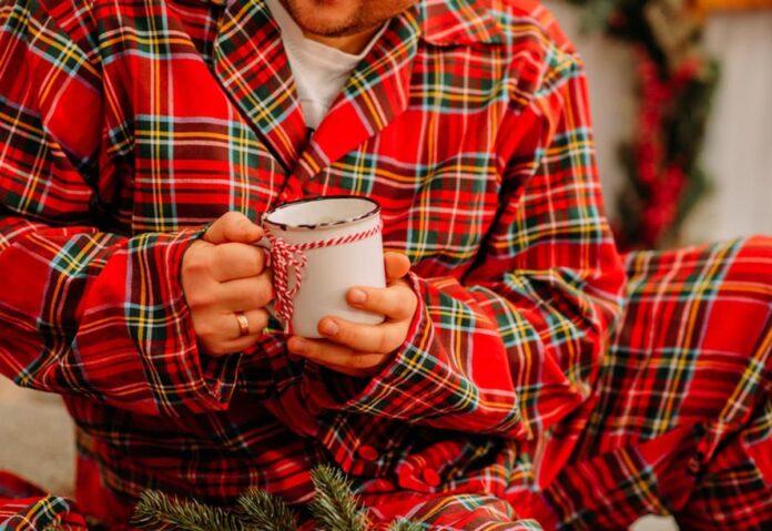 Secondo uno studio australiano lavorare da casa in pigiama non pregiudica la produttività