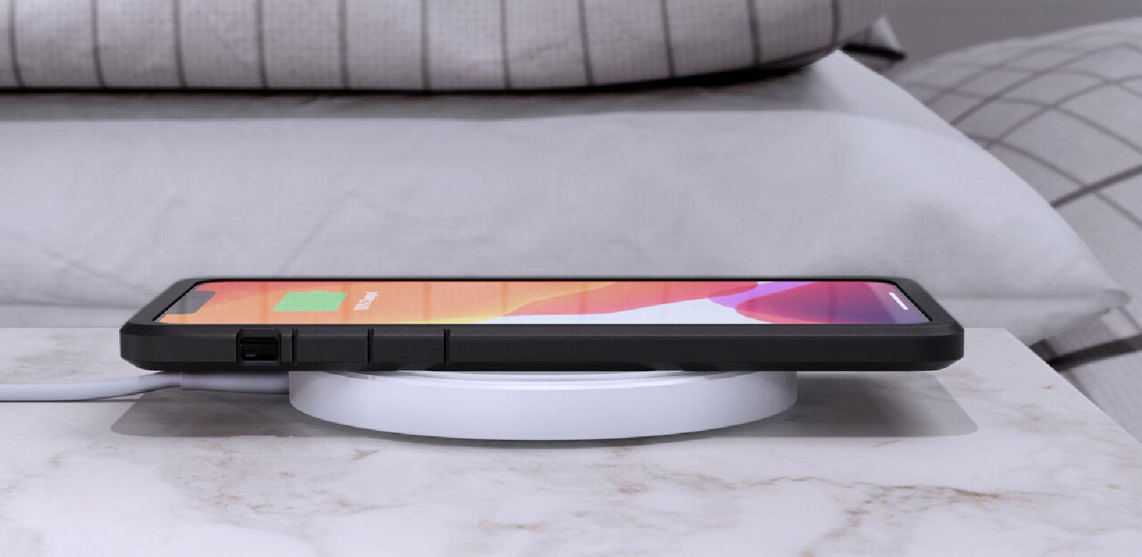 Recensione SanDisk Ixpand Wireless Charger 15W, carica veloce con eleganza per iPhone e Android