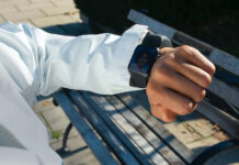 Wristcam aggiunge due fotocamere ad Apple Watch