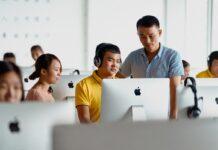 Apple e Foxconn promuovono La Giornata Internazionale dell'Istruzione