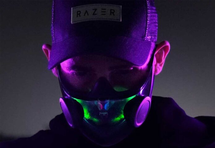 Razer ha creato il concept di una mascherina N95 con sistema di iluminazione RGB