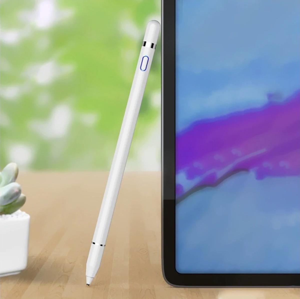 Il clone di Apple Pencil si acquista a soli 16 €: compatibile con iPad e iPhone
