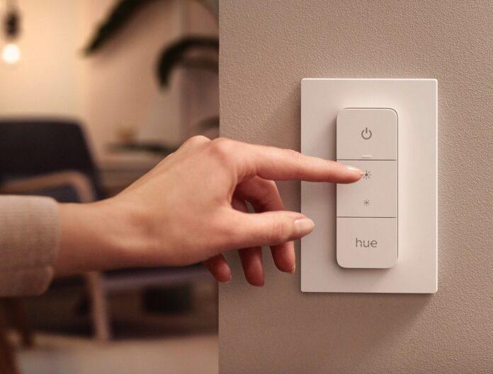 Da Philips Hue il nuovo dimmer switch esterno e due nuove lampade