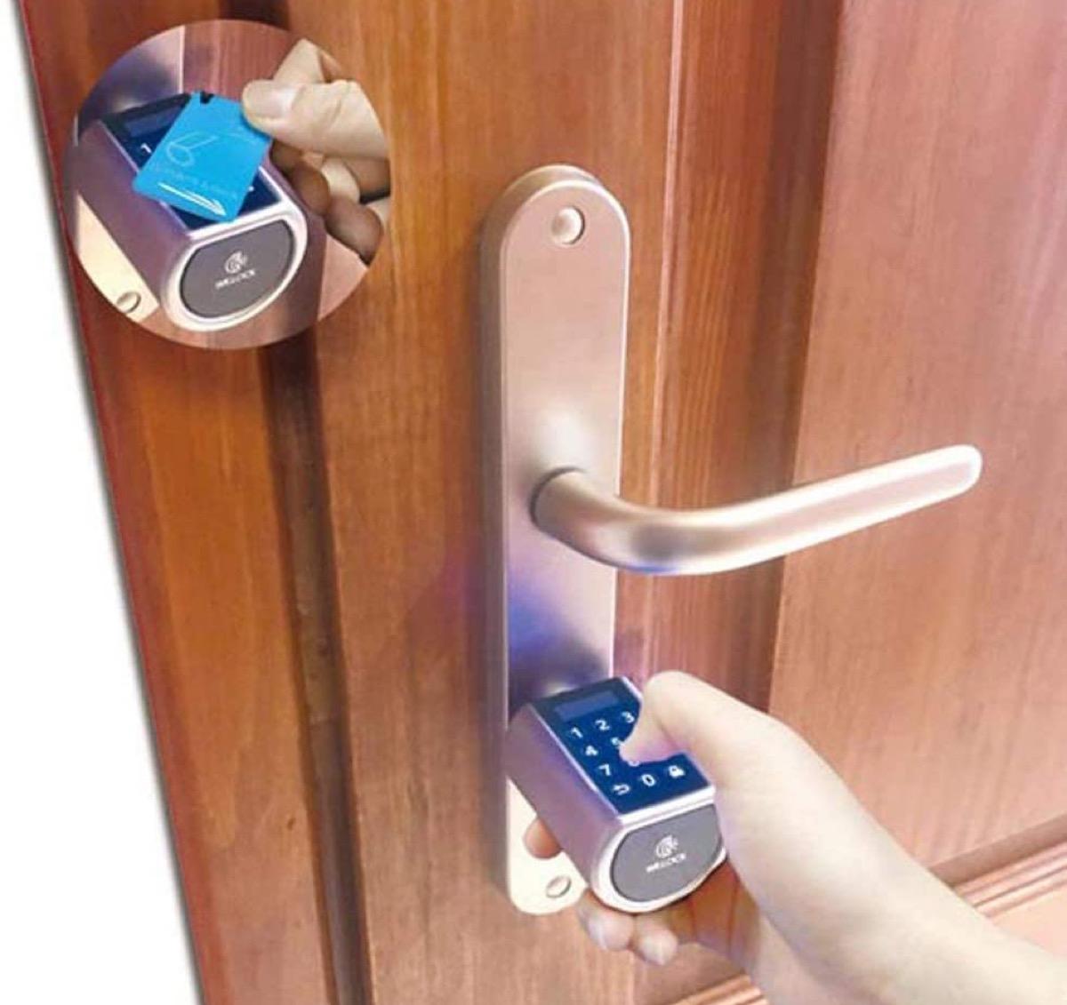 In sconto le serrature WE.LOCK con sblocco via impronta digitale, RFID, Bluetooth o PIN