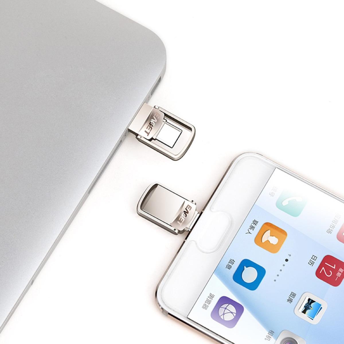 MAI PIÙ SENZA: chiavetta 2-in-1 USB 3.1 e USB Type-C, compatibile con i nuovi MacBook.
