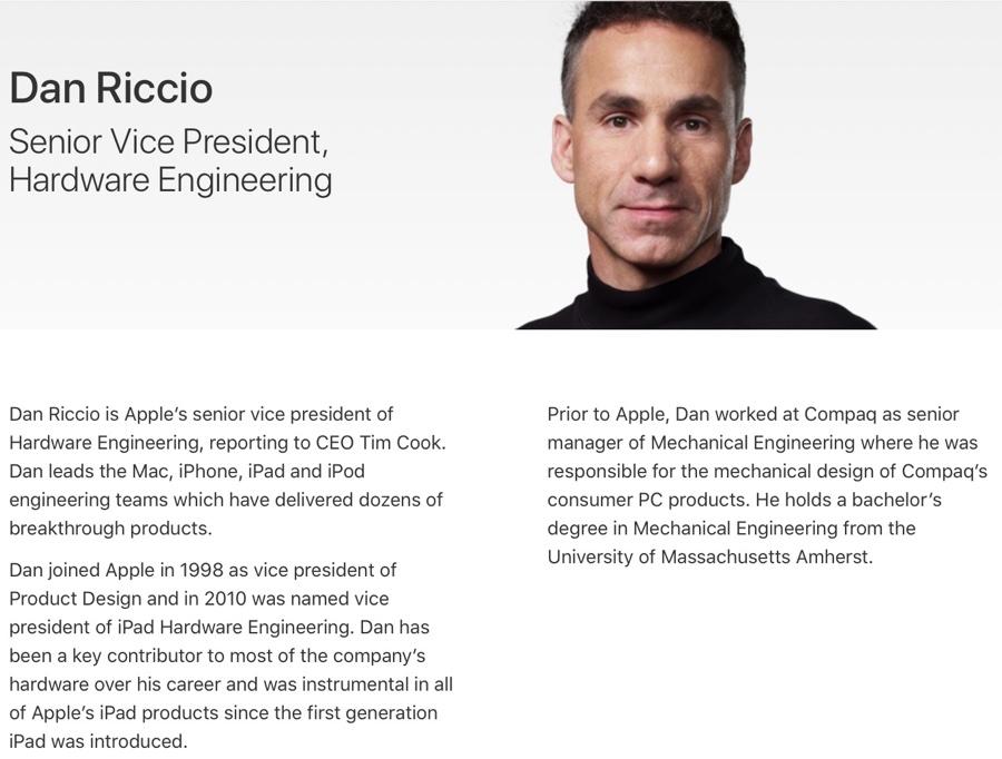 Apple ha assegnato Dan Riccio ai visori di realtà aumentata e virtuale