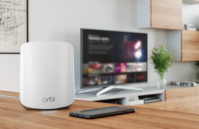 Netgear Orbi RBK353 porta il Wi-Fi 6 mesh in casa e piccole aziende