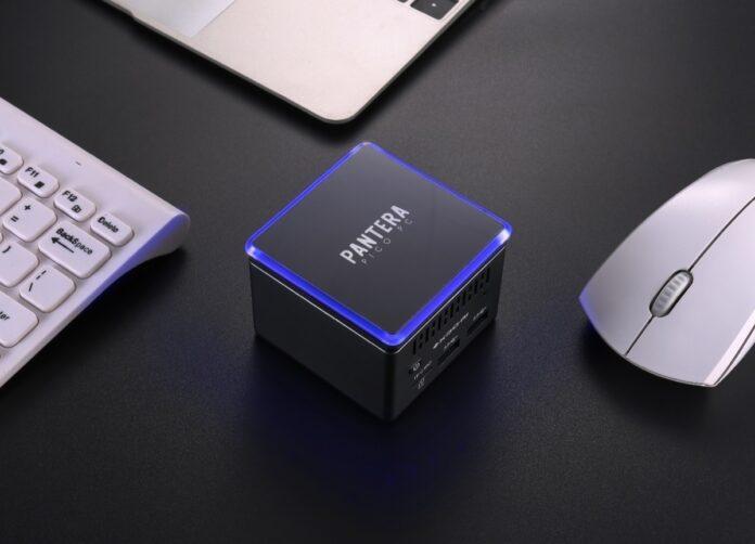 PC Pantera Pico, su IndieGoGo il PC in miniatura con 4 USB e supporto 4K