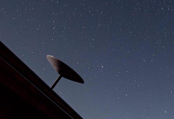 SpaceX apre i preordini per internet via satellite con Starlink