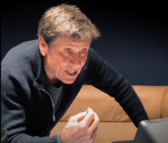 """Sanremo 2021, Alexa duetta con Gianni Morandi sulle note di """"Banane e lampone"""""""