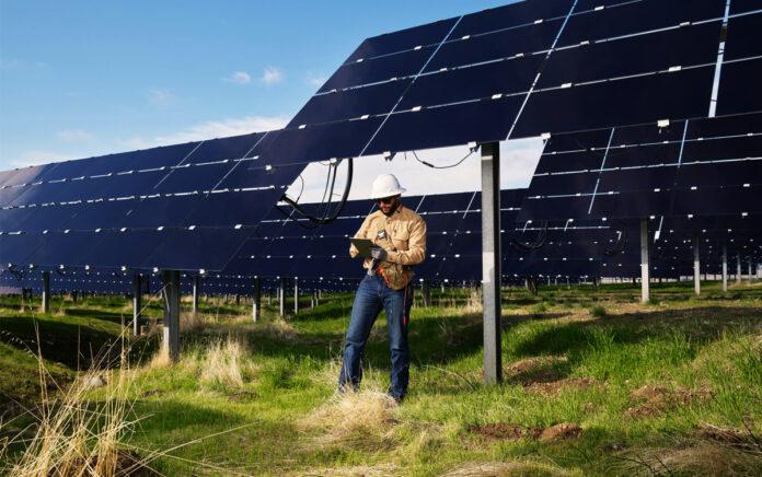 Apple «Oltre 110 fornitori adottano energia rinnovabile al 100%»