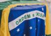 Apple: multa in Brasile per l'iPhone venduto senza alimentatore
