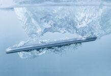 iPhone 11 sopravvive 6 mesi in un lago