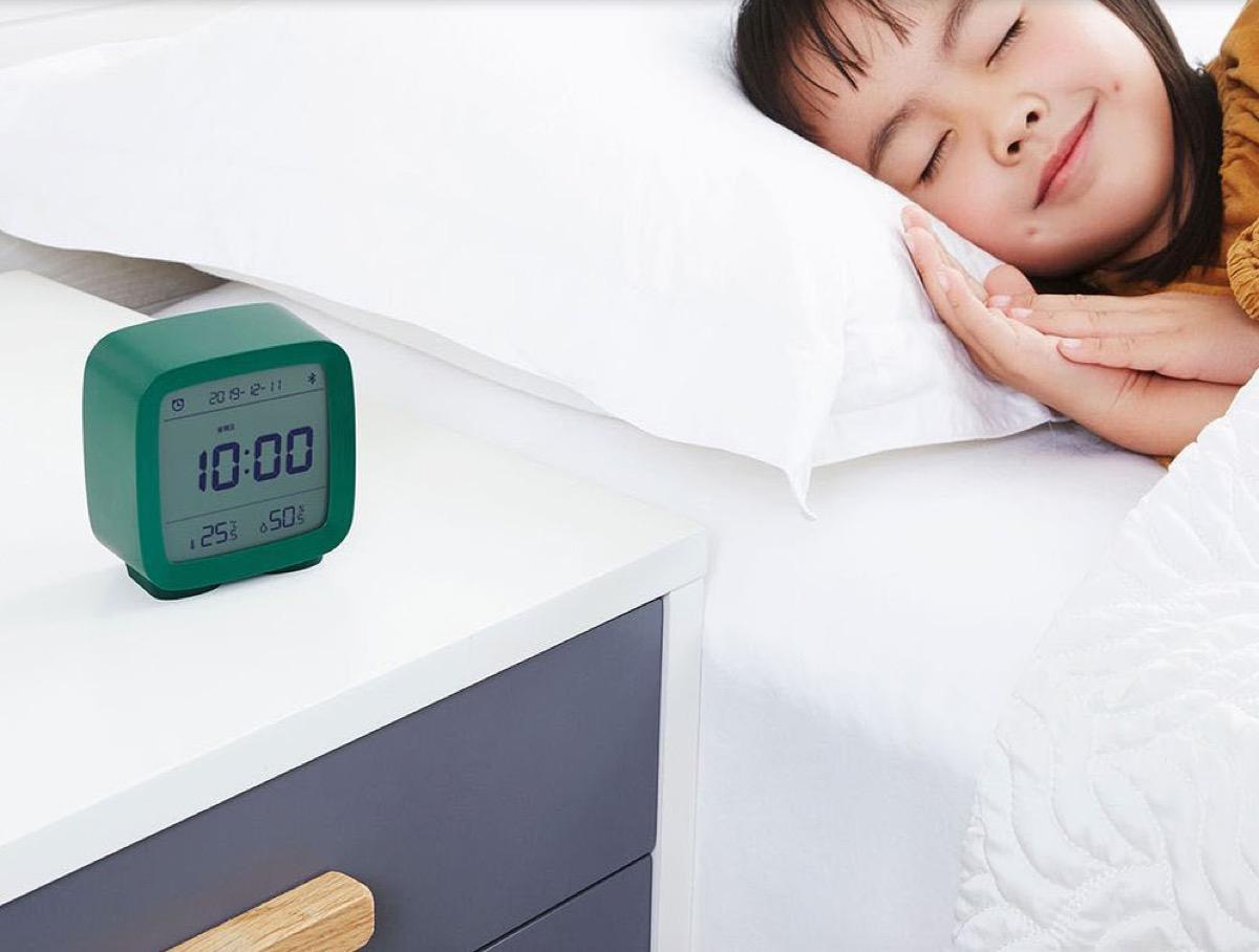 La sveglia Mijia retro ma smart a 13 euro con coupon
