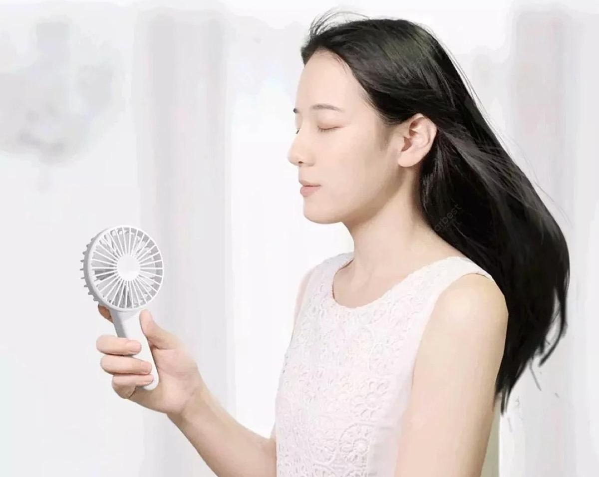 Contro l'ondata di caldo in arrivo: ventilatore pieghevole Xiaomi Youpin, solo 9 €