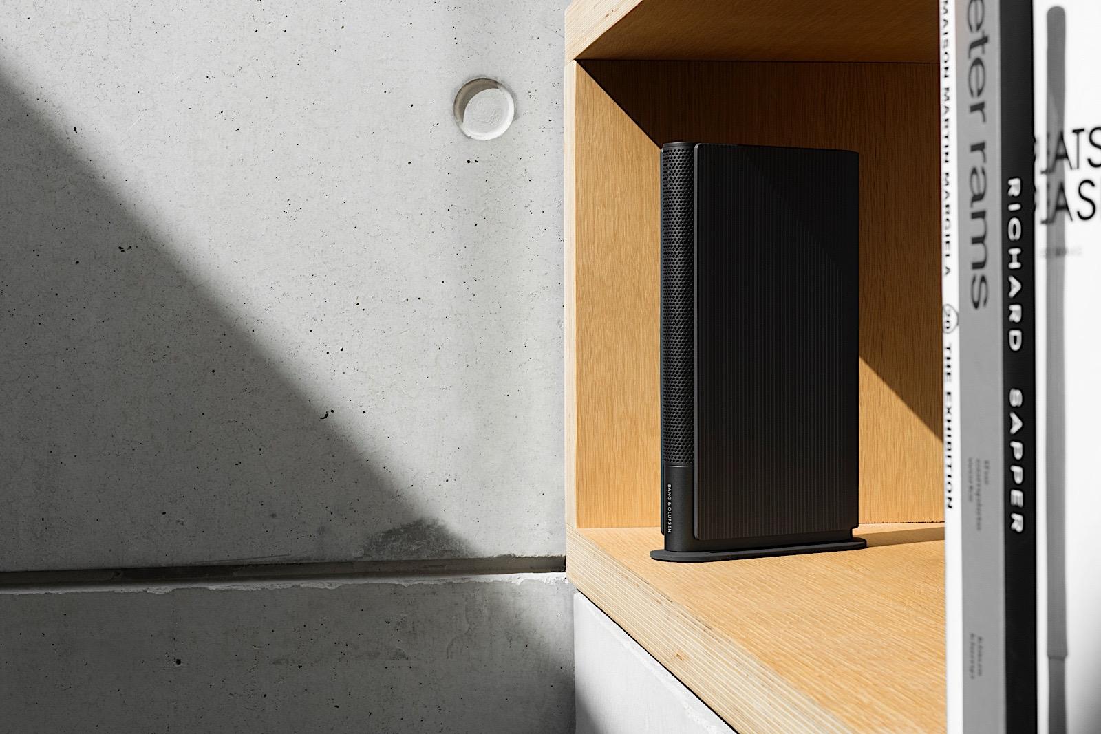 L'ultimo altoparlante Bang & Olufsen sembra un libro
