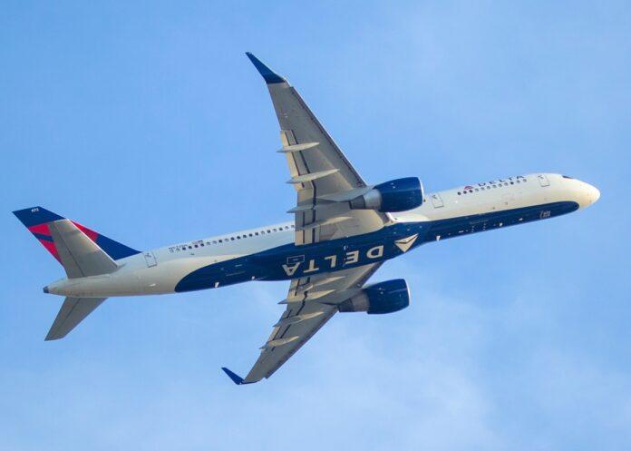 Delta Air Lines compra iPhone 12 per tutti gli assistenti di volo