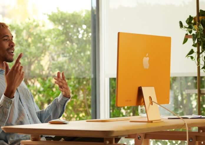 Apple è tornata a colori