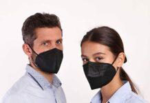 Su Amazon mascherine FFP2 di colore nero, comode e certificate: solo 76 cent l'una