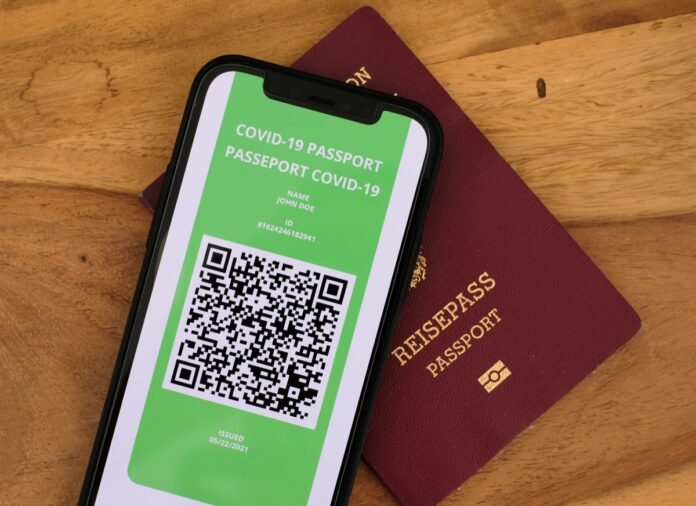 L'industria aerea porta il passaporto COVID-19 su iPhone