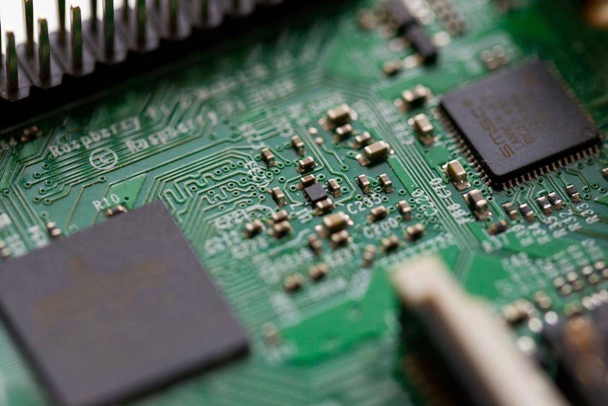 La scarsità globale di chip minaccia iP …