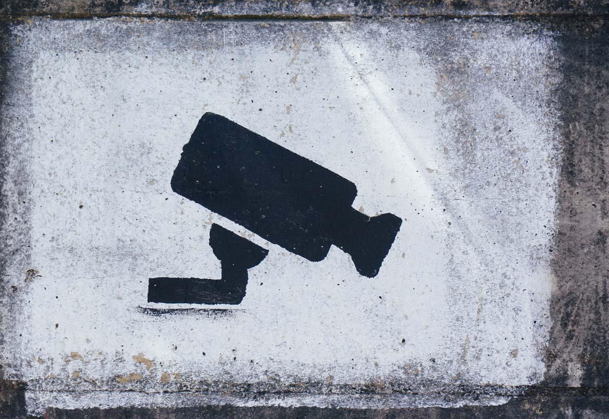 51 organizzazioni chiedono all'UE il ban di sistemi di riconoscimento facciale usati per spiare i cittadini