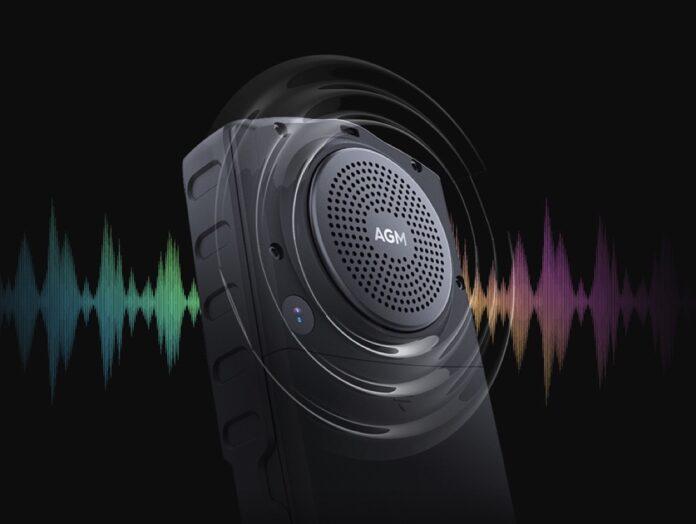 AGM M7 è il telefono per chi ha problemi di udito, in sconto con codice a 81,18 euro