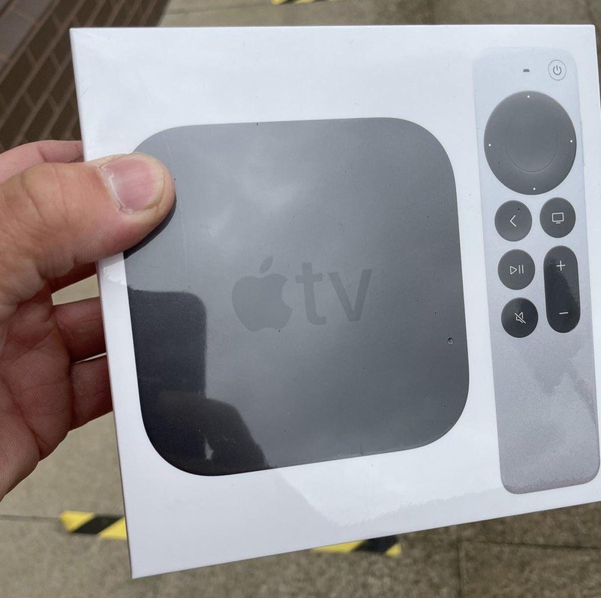 Stanno arrivando anche le prime Apple TV 4K col nuovo telecomando