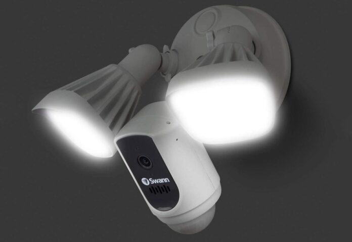 Swan, sistema di sicurezza con faretti SWIFI-FLOCAM2W