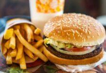 Impossible Burger, l'hamburger di carne senza carne arriva nelle scuole USA