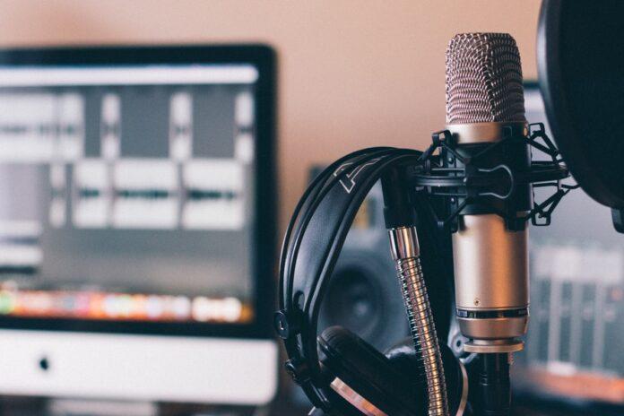 Apple apre l'affiliazione in vista dell'abbonamento podcast