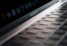 """MacBook Pro 14"""" e 16"""" attesi entro fine anno ma con scorte scarse"""