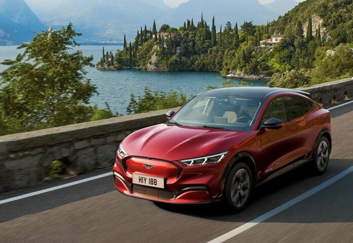Ford Mustang Mach-E, consegnata la prima in Italia