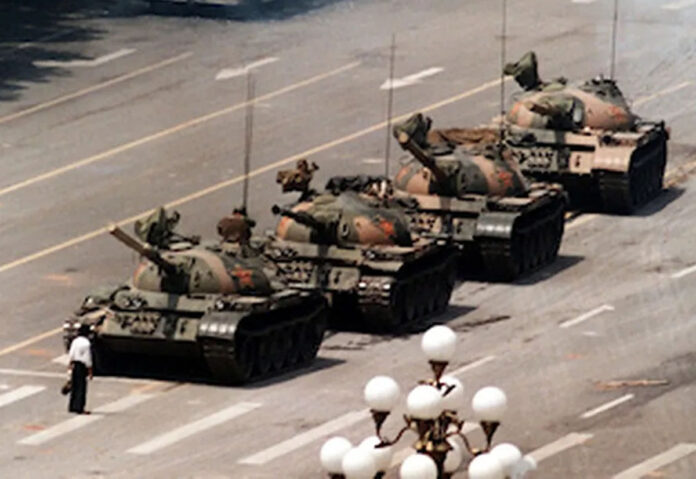 Microsoft ha censurato l'iconina immagine del Rivoltoso Sconosciuto di Tienanmen