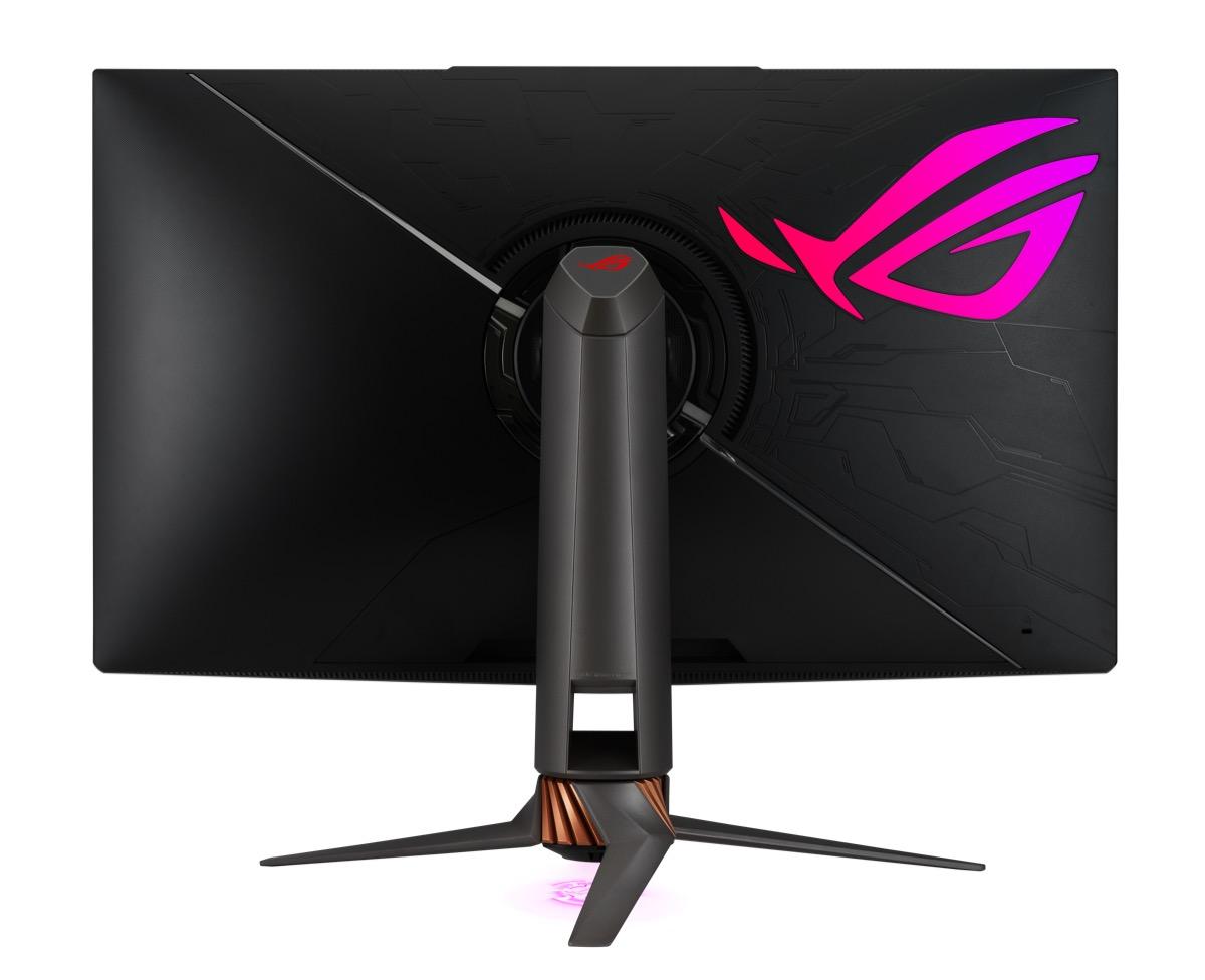 ASUS ROG Swift PG32UQX, in Italia il primo monitor gaming 4K mini LED