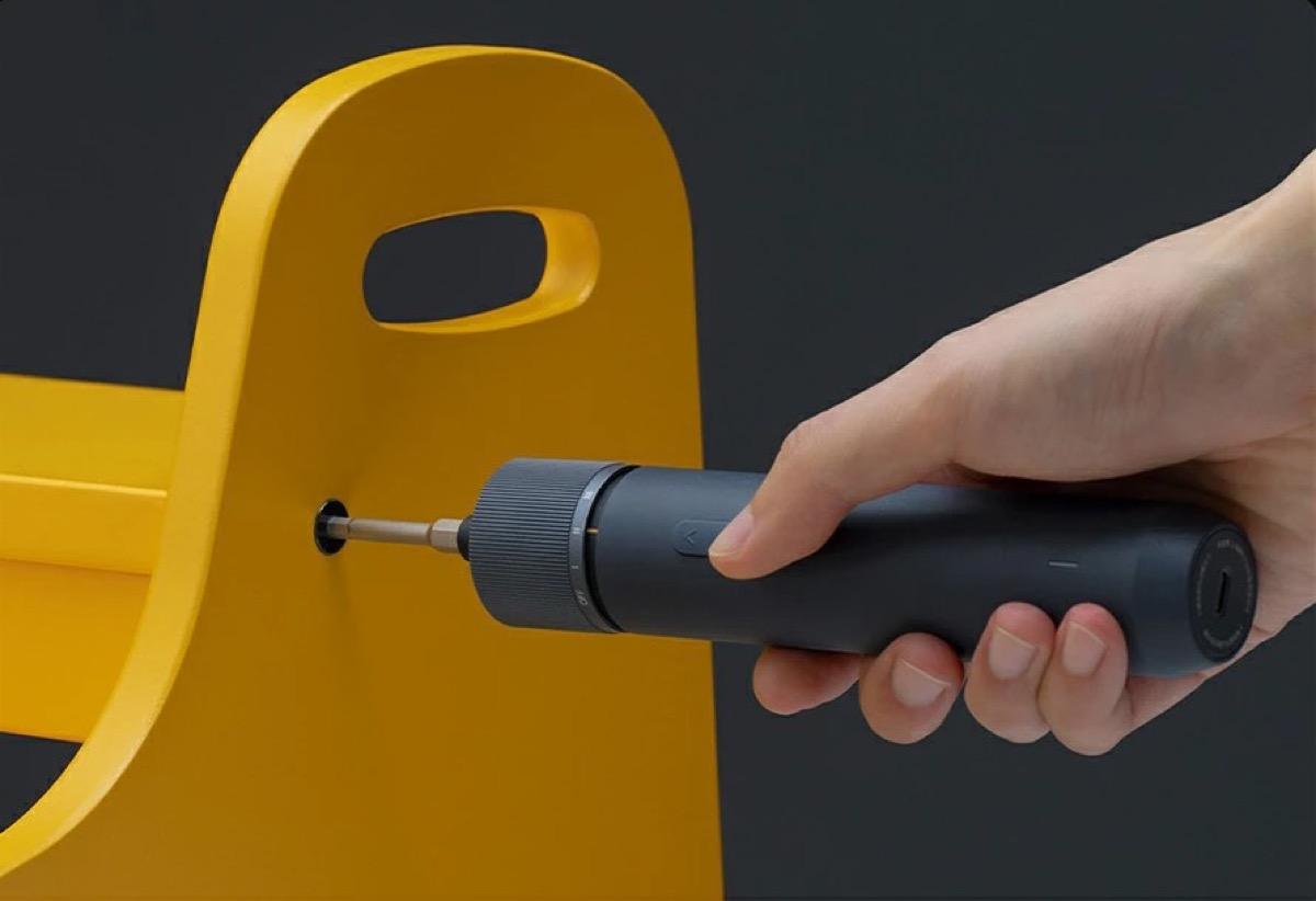 Cacciavite elettrico Xiaomi HOTO per il perfetto fai da te a 19 euro