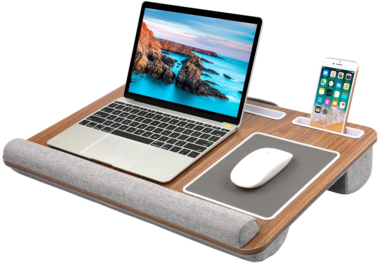 Quattro accessori per non scottarsi le gambe con il portatile