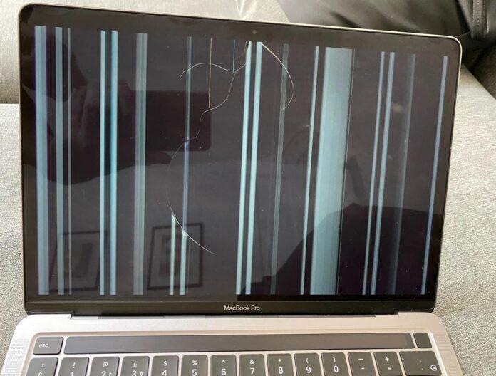 Alcuni utenti MacBook M1 segnalano rotture al display nel normale utilizzo